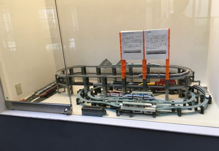 プラレールに似た鉄道おもちゃ一覧(非タカラトミー製品)